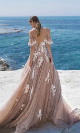 свадебное платье цвета кофе со сливками