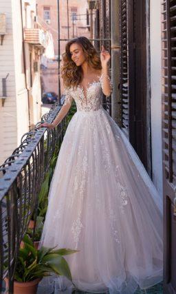 Свадебное платье сиреневого оттенка