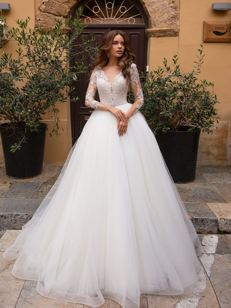 Потрясающее свадебное платье