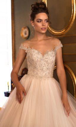 Бальное свадебное платье оттенка пудры