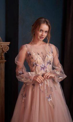 Платье с прозрачным длинным рукавом