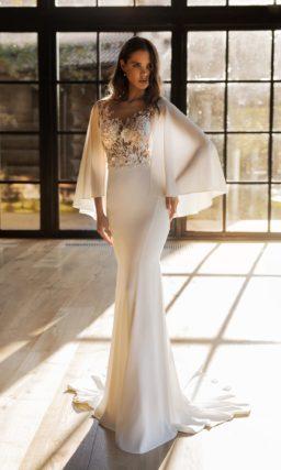 Шифоновое свадебное платье с облегающим силуэтом