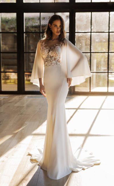 Свадебное платье «русалка» с накидкой