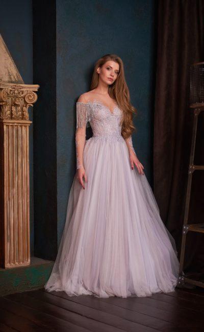 Вечернее платье в лиловом оттенке