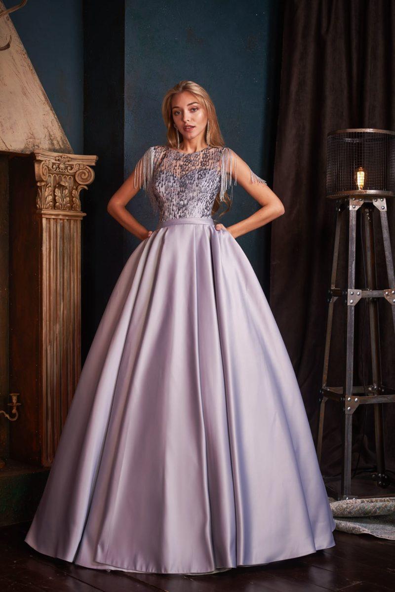 Вечернее платье красивого сиреневого оттенка