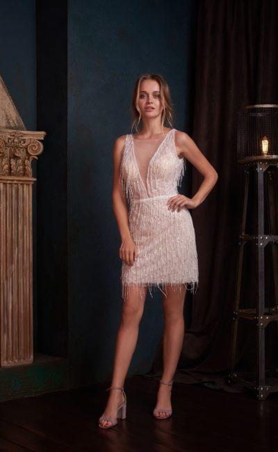 Коктейльное белое платье