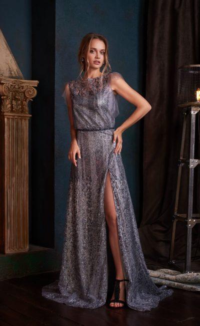Серебристое блестящее вечернее платье