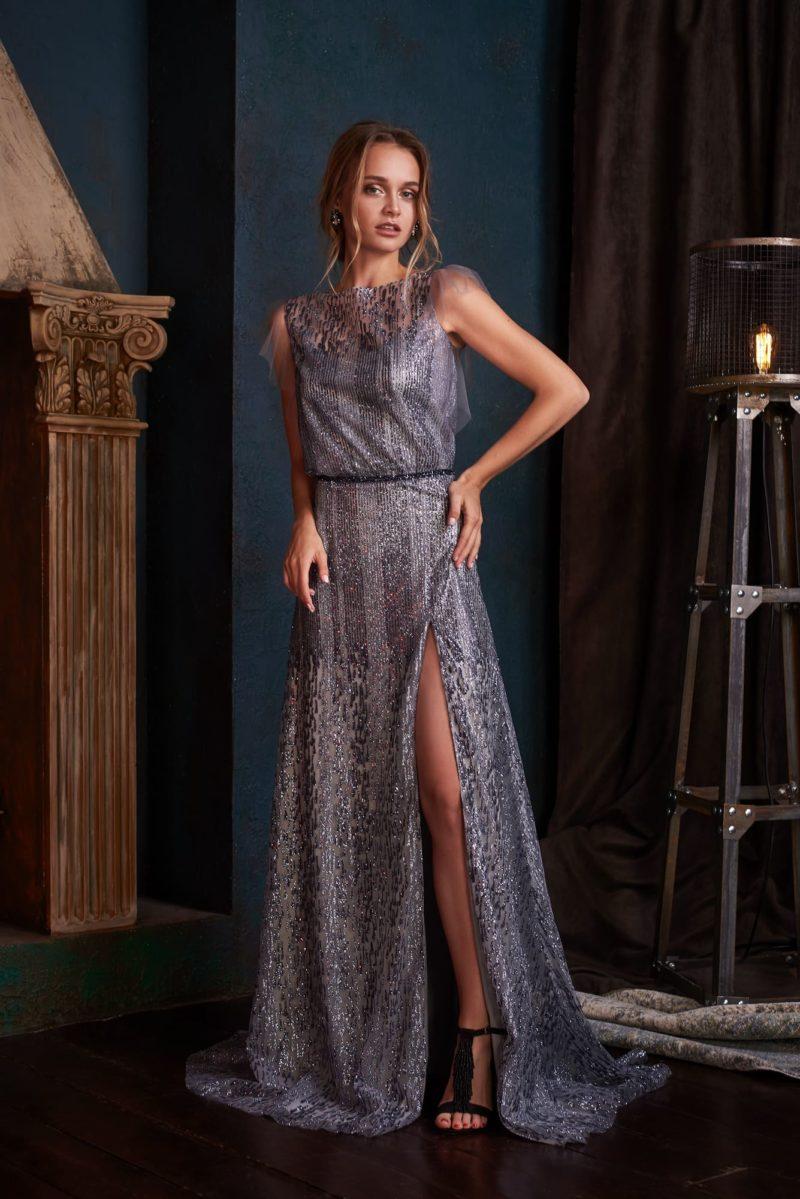 Серебристо-серое вечернее платье с прямым силуэтом