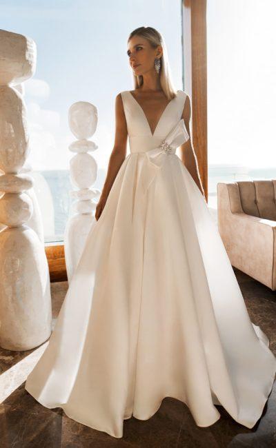 Шелковое свадебное платье