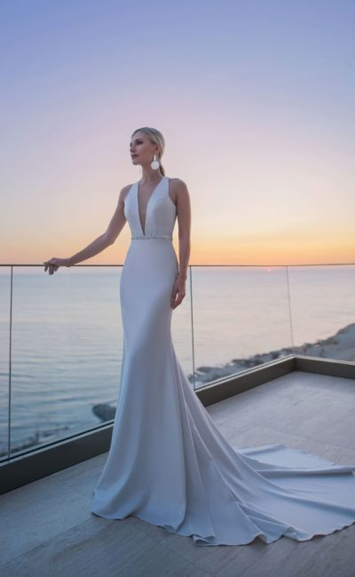 Лаконичное свадебное платье «русалка»