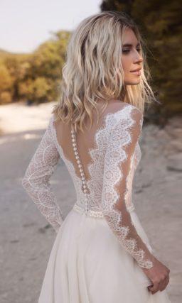 Свадебное платье с корсетом из гипюра