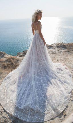 Свадебное платье с пудровым корсетом