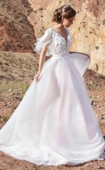 платье в нежном пудровом оттенке