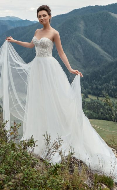 Классическое платье-бюстье