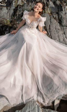 Утонченное платье