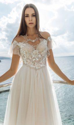 аристократичное платье оттенка айвори