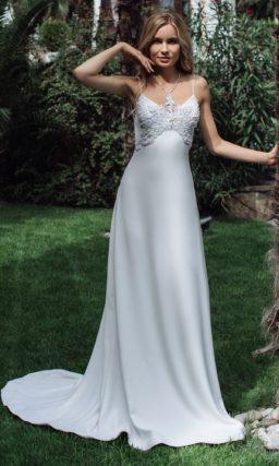 Летнее платье прямого кроя в стиле минимализм