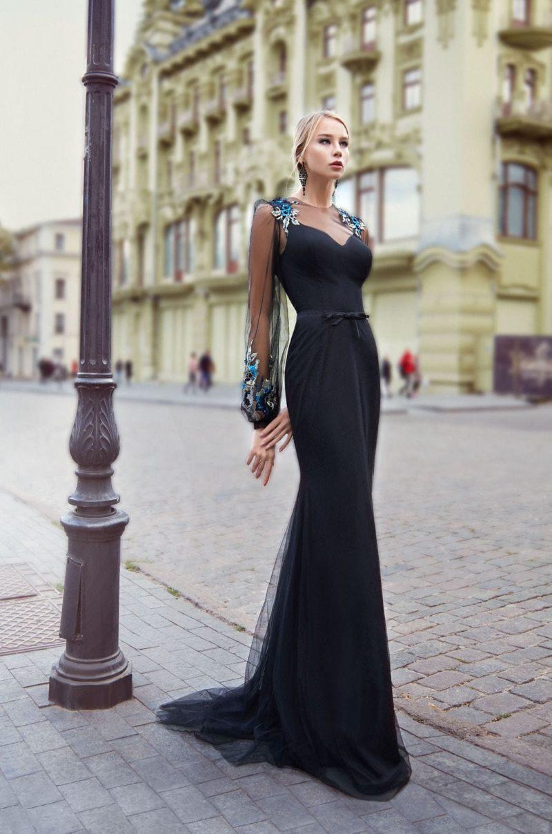 Длинное вечернее платье с рукавами