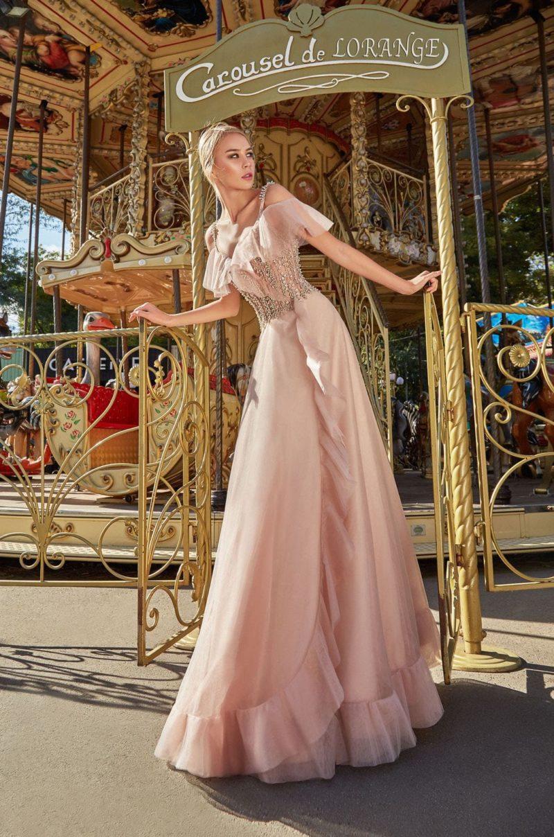 вечернее платье в пол из шифона бежево-розового оттенка