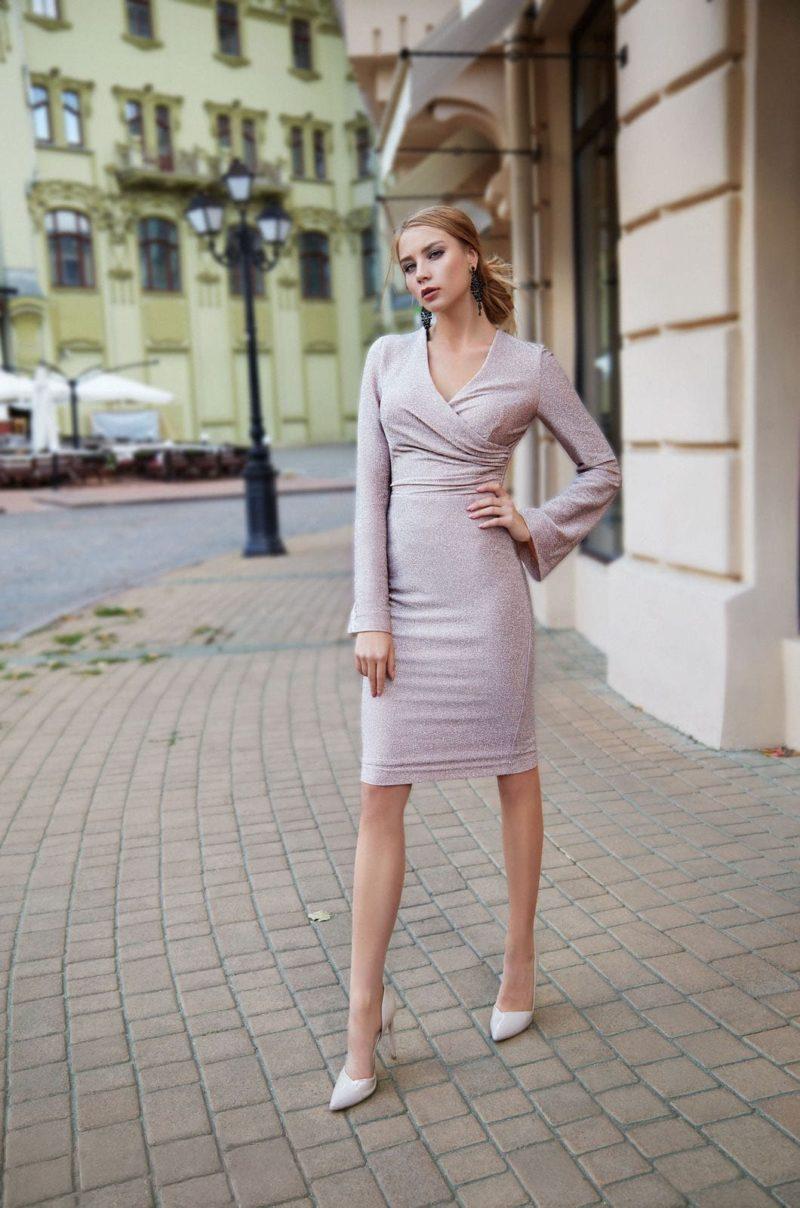 коктейльное платье длиной до колен