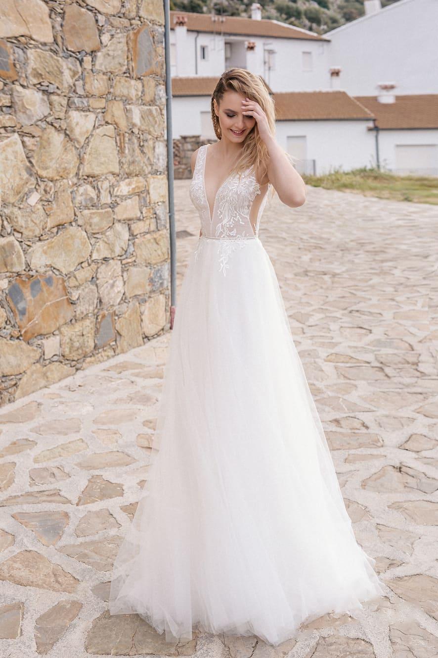 b1dcfed38ac1ca1 Свадебное платье Milva ASTRID. Купить свадебное платье в салоне ...