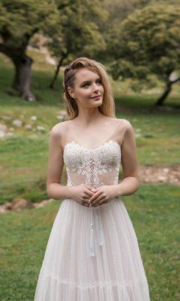 Прекрасное свадебное платье-трансформер