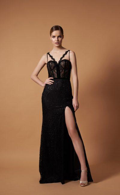 Черное блестящее платье в пол