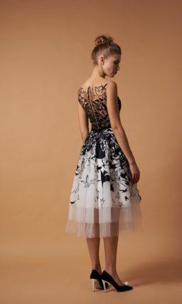 коктейльное платье миди с многослойной юбкой