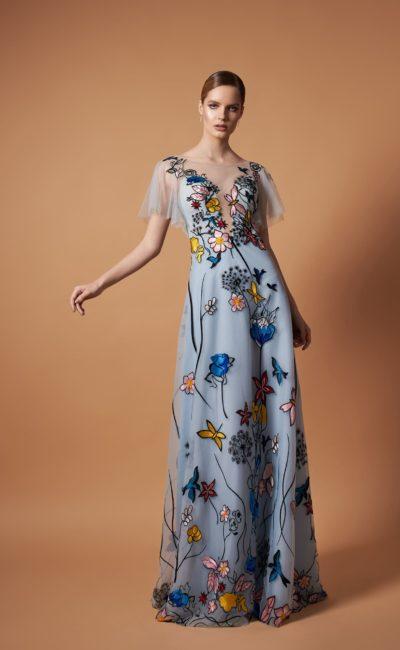 Платье с цветами до пола