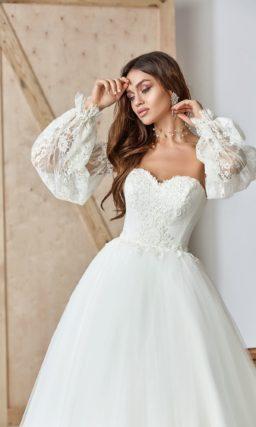 Платье-бюстье с пышной юбкой и съемными рукавами