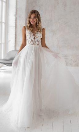 Легкое свадебное платье А-силуэта