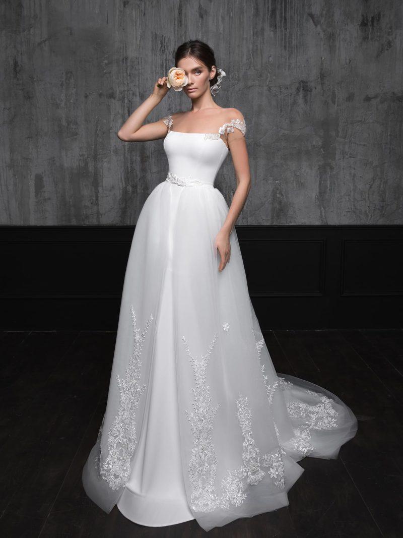 свадебное платье-трансформер с верхней юбкой-шлейфом