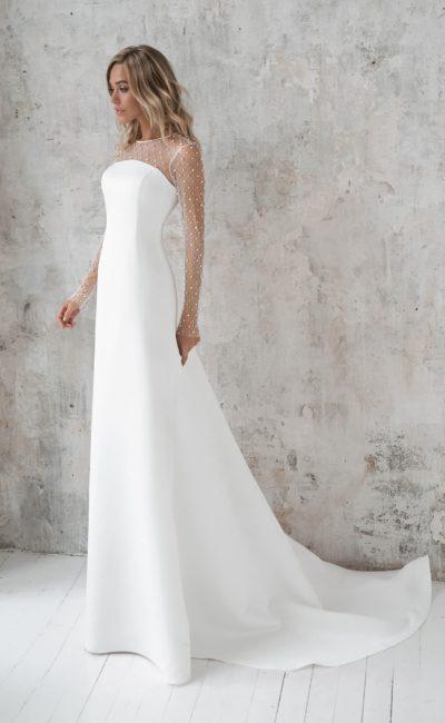 Платье с красивым рукавом