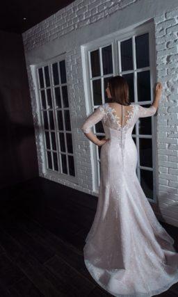 Свадебное платье силуэта годе оттенка айвори