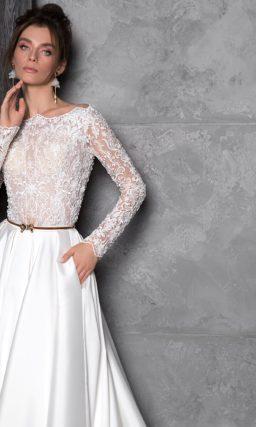 Изящное закрытое свадебное платье А-силуэта