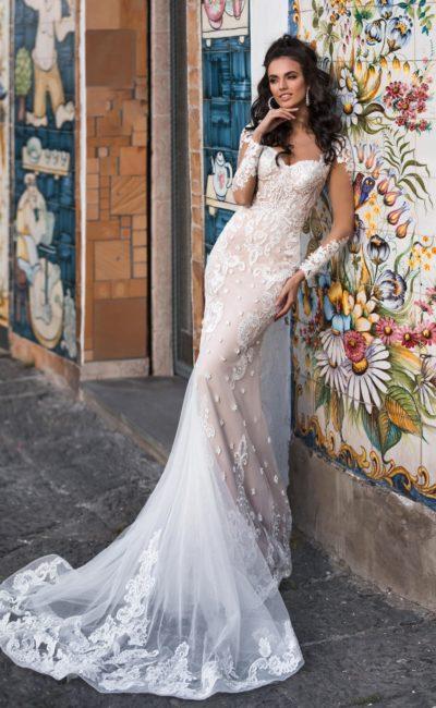 Свадебное платье русалка с прозрачным рукавом