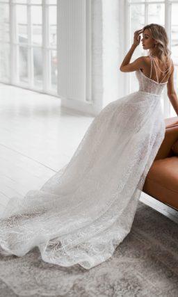 Летнее платье из кружевной ткани