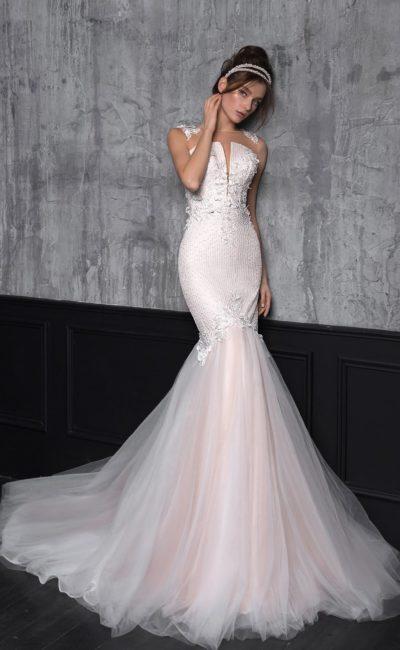 Платье русалка с розовым оттенком