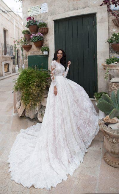 Длинное платье кружевное