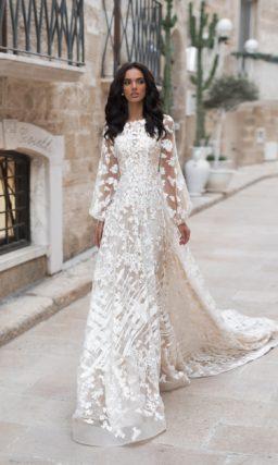 Свадебное платье А-силуэта в нежном оттенке айвори