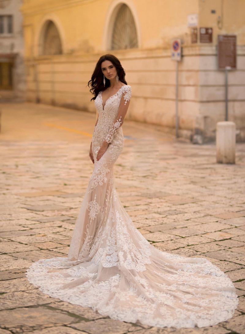 кружевное свадебное платье силуэта «русалка»