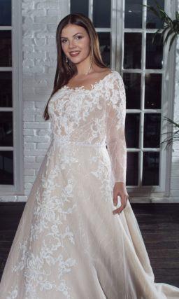 Свадебное платье цвета капучино