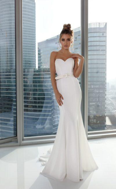 Белое платье «русалка» с поясом