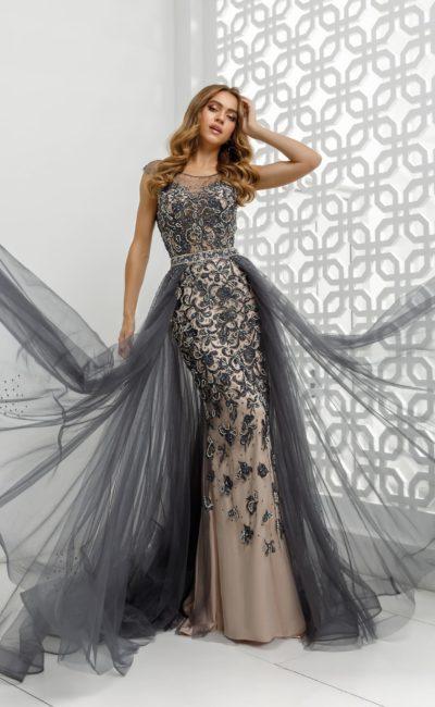 платье силуэта «русалка» с эффектным декором