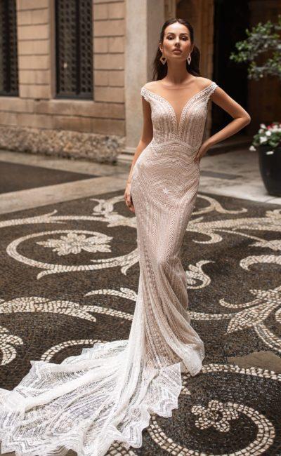 Свадебное платье-русалка в оттенке капучино