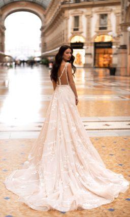 Свадебное платье цвета айвори с нюдовым верхом