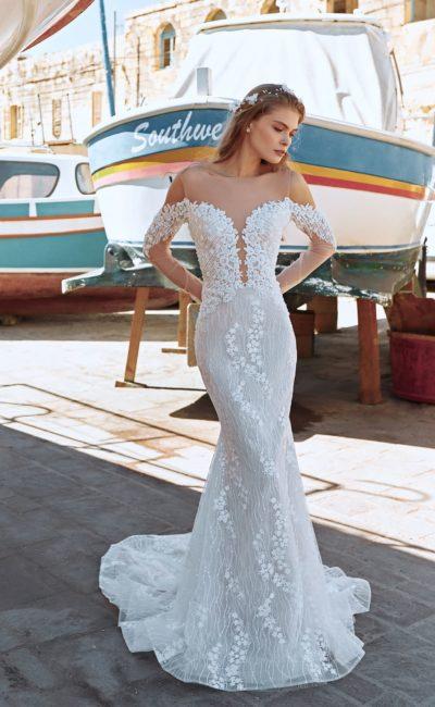 платье-русалка с длинными рукавам