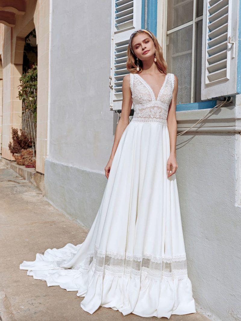 Свадебное платье с лаконичным дизайном