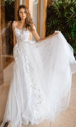 Легкое пепельно-серое свадебное платье