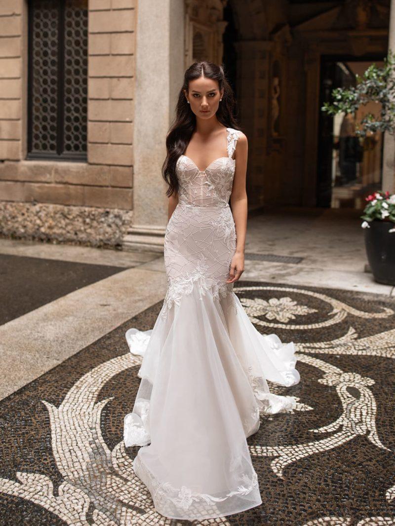 Свадебное платье-рыбка пудрового цвета